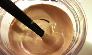 DIY-homemade-concealer-ingredients-natural-concealer