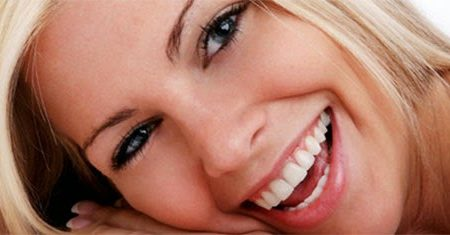 Home Remedies Sparkling White Teeth Tips